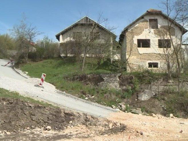 Узурпирање српске имовине Фото: РТРС