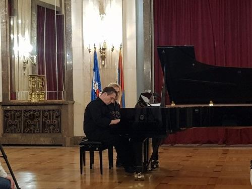 Пијанистички реситал Арсена Чаркића